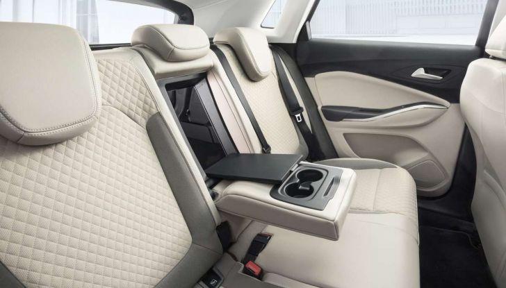 Opel Grandland X prova su strada, motorizzazioni e consumi - Foto 12 di 26