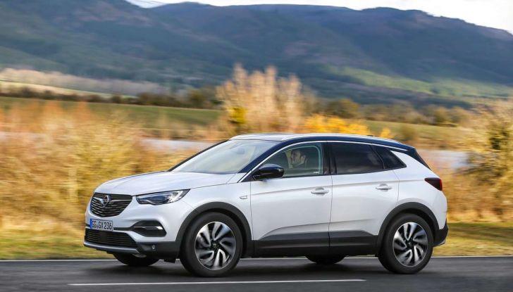 Opel Grandland X con nuovo motore 1.6 turbo benzina da 180 CV - Foto 13 di 26