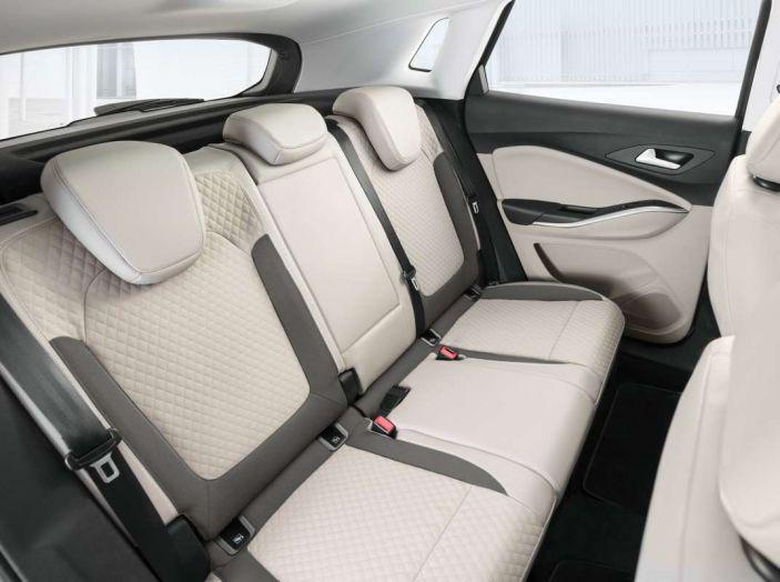 Opel Grandland X prova su strada, motorizzazioni e consumi - Foto 14 di 26