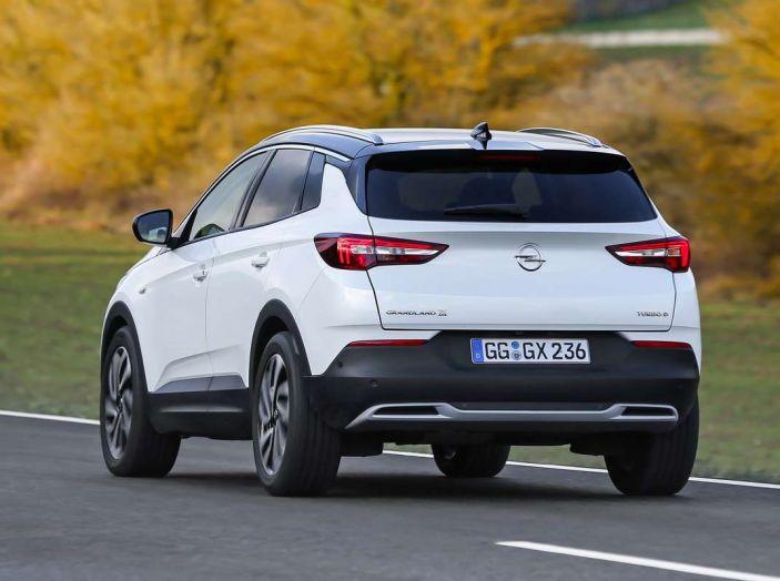 Opel Grandland X prova su strada, motorizzazioni e consumi - Foto 25 di 27