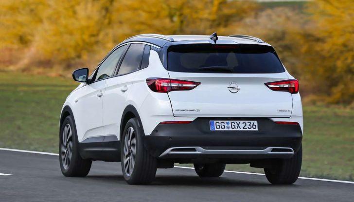 Opel Grandland X prova su strada, motorizzazioni e consumi - Foto 24 di 26
