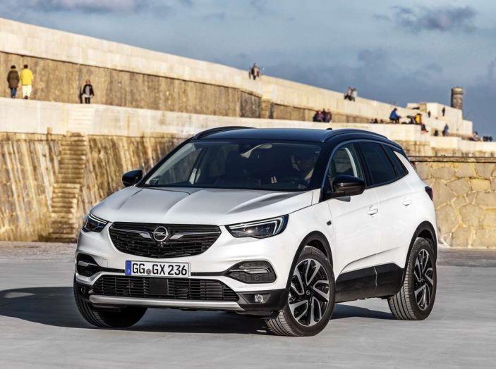 Opel Grandland X prova su strada, motorizzazioni e consumi - Foto 6 di 27