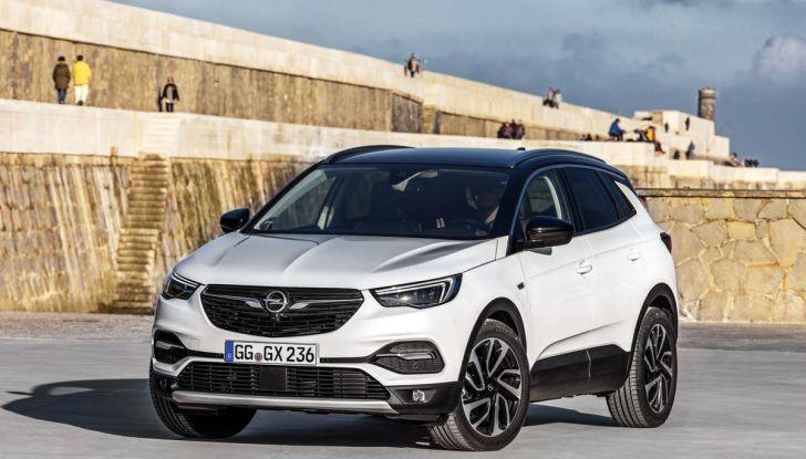 Opel Grandland X prova su strada, motorizzazioni e consumi - Foto 5 di 26