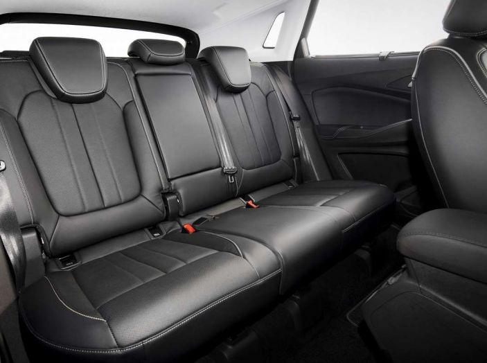 Opel Grandland X prova su strada, motorizzazioni e consumi - Foto 7 di 26