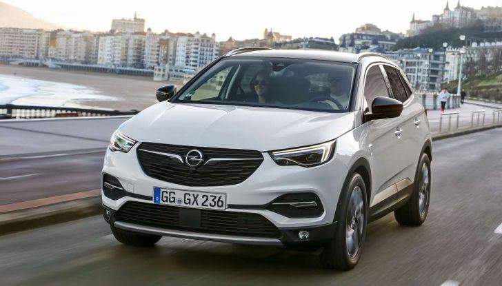 Opel Grandland X con nuovo motore 1.6 turbo benzina da 180 CV - Foto 9 di 26