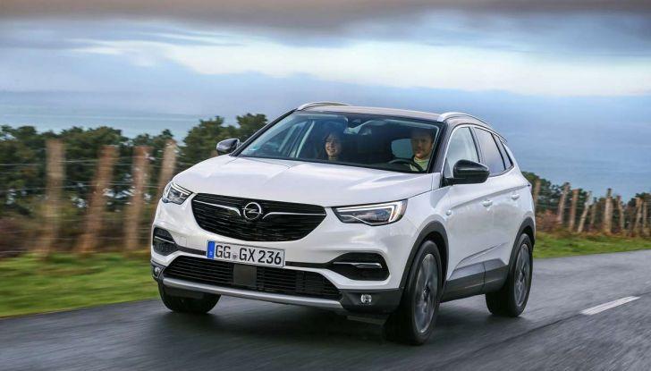 Opel Grandland X con nuovo motore 1.6 turbo benzina da 180 CV - Foto 11 di 26