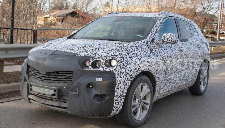 Opel Mokka X 2019, la nuova generazione impegnata nei test - Foto 13 di 21