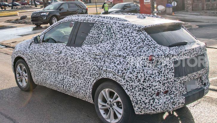 Opel Mokka X 2019, la nuova generazione impegnata nei test - Foto 15 di 21