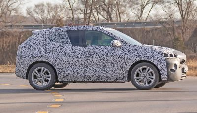 Opel Mokka X 2019, la nuova generazione impegnata nei test