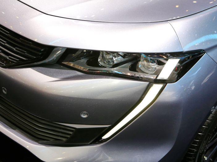 Peugeot 508 2018, la berlina del Leone per rinnovare il segmento - Foto 2 di 20