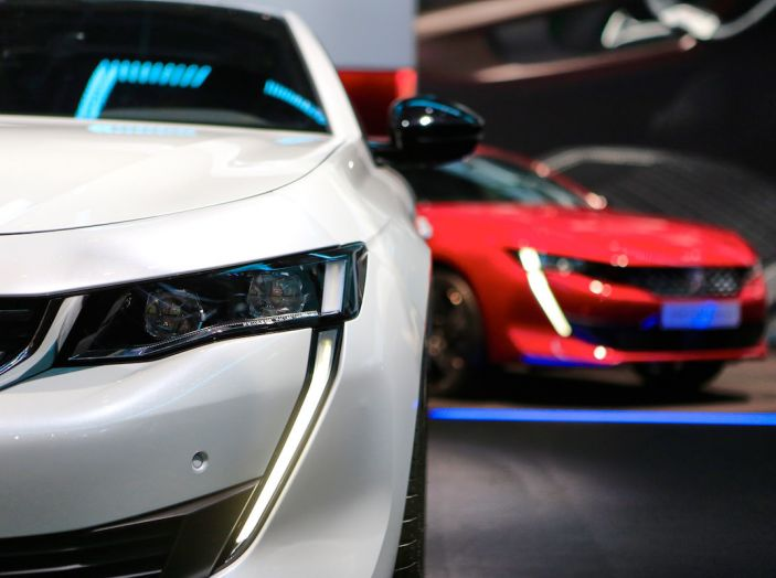Peugeot 508 2018, la berlina del Leone per rinnovare il segmento - Foto 16 di 20