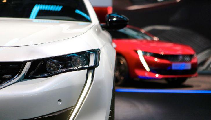 Peugeot dà il via alla rivoluzione elettrica - Foto 16 di 20