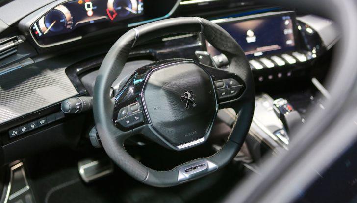 Peugeot 508 2018, la berlina del Leone per rinnovare il segmento - Foto 5 di 20