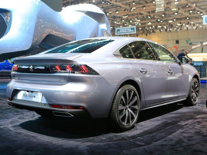 Peugeot 508 2018, la berlina del Leone per rinnovare il segmento - Foto 10 di 20