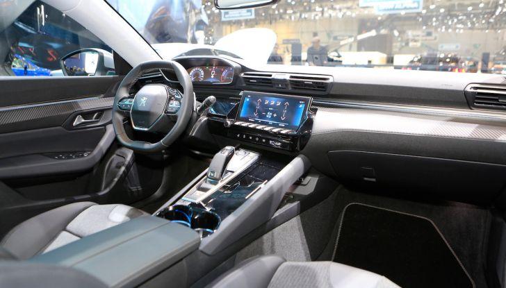 Peugeot 508 2018, la berlina del Leone per rinnovare il segmento - Foto 11 di 20