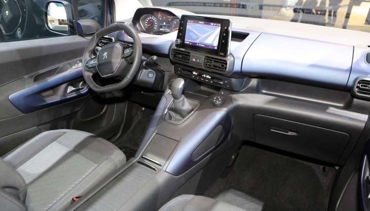 Peugeot Rifter, a Ginevra debutta l'erede del Partner - Foto 6 di 8