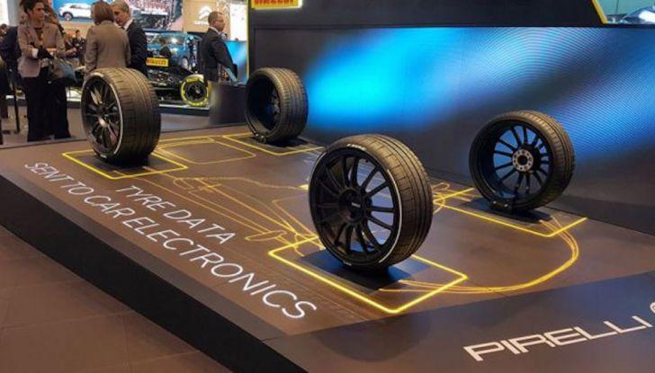 Pirelli Cyber Car, pneumatici in dialogo con le auto: ecco il futuro secondo la P Lunga - Foto 2 di 8