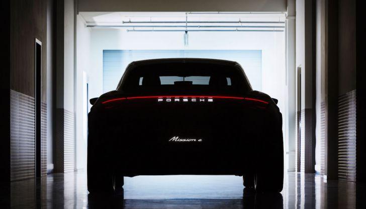 Porsche Taycan, questo il nome della 100% elettrica Mission E - Foto 15 di 34
