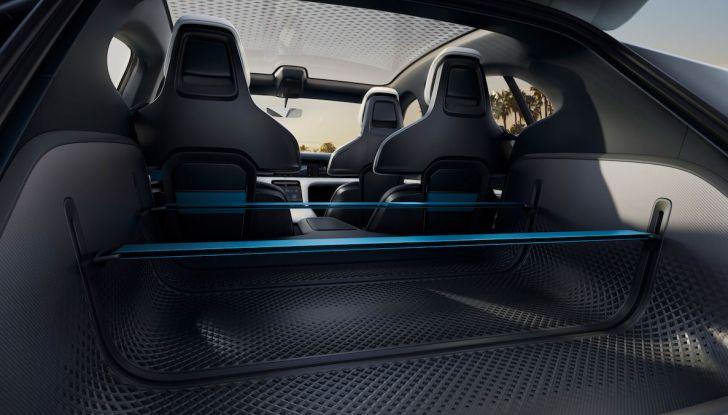 Porsche Mission E Cross Turismo 2018, il crossover elettrico di Stoccarda - Foto 16 di 34