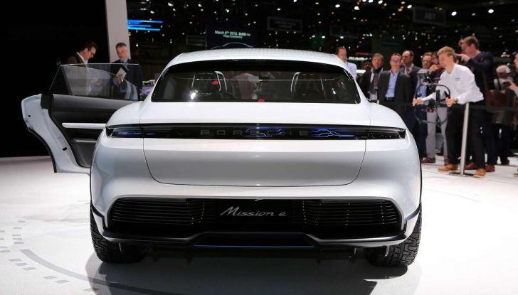 Porsche Taycan, questo il nome della 100% elettrica Mission E - Foto 33 di 34
