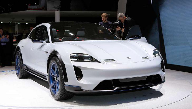 Porsche Mission E Cross Turismo 2018, il crossover elettrico di Stoccarda - Foto 34 di 34