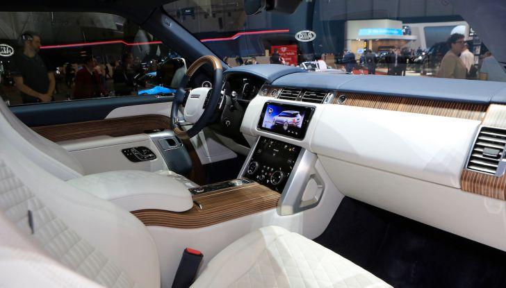 Range Rover SV Coupé 2018: 999 esemplari per il 70° anniversario - Foto 8 di 16