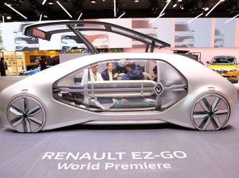 Renault EZ-GO, l'auto condivisa a guida autonoma del futuro