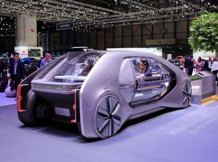 Renault EZ-GO, l'auto condivisa a guida autonoma del futuro - Foto 4 di 10