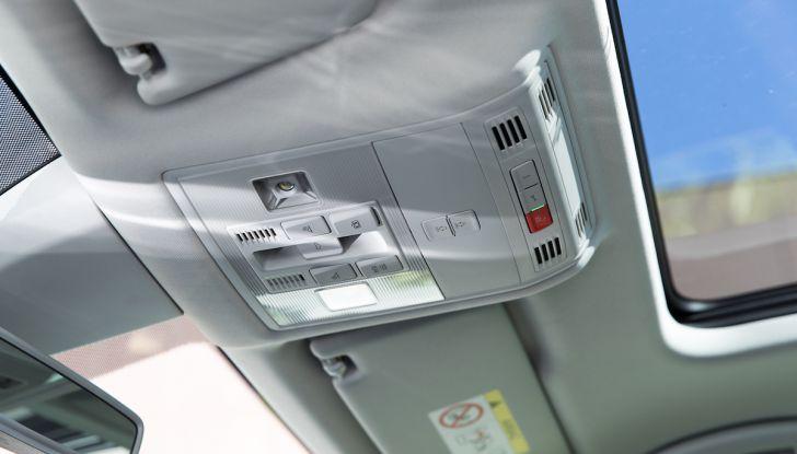 Prova su strada Skoda Karoq 1.5 TSI qualità tedesca, prezzo intelligente - Foto 25 di 31