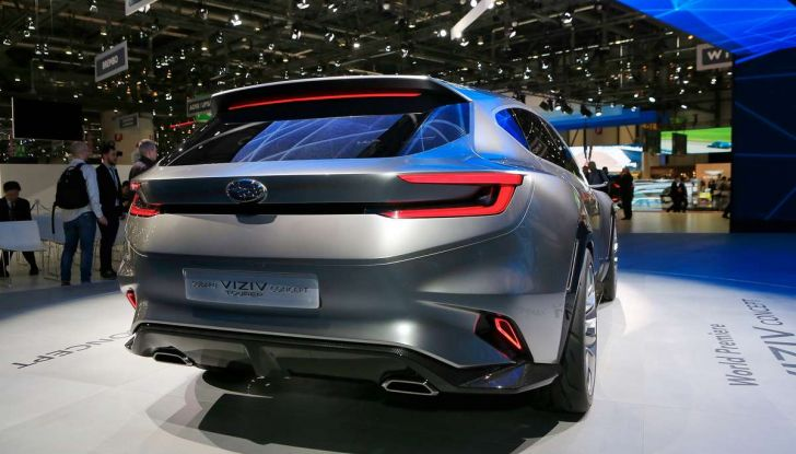 Subaru Viziv Tourer Concept, la nuova due volumi giapponese - Foto 7 di 14
