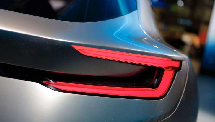 Subaru Viziv Tourer Concept, la nuova due volumi giapponese - Foto 9 di 14