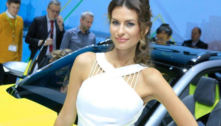 Le ragazze più belle del Salone di Ginevra 2018 - Foto 3 di 22