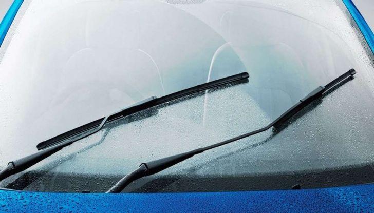 Tergicristalli ad acqua piovana: via ai test Ford - Foto 3 di 7
