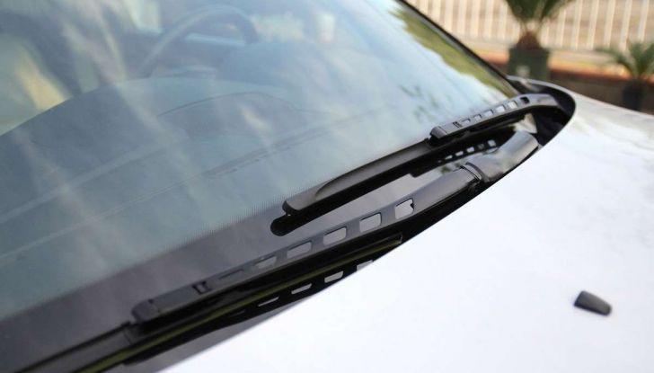 Tergicristalli ad acqua piovana: via ai test Ford - Foto 6 di 7
