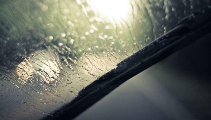 Tergicristalli ad acqua piovana: via ai test Ford - Foto 7 di 7