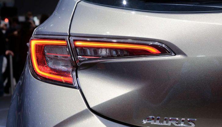Toyota Corolla 2019: il ritorno di un mito per il segmento C - Foto 15 di 27