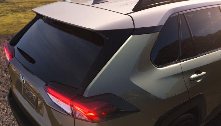 Toyota RAV4 2018, il SUV nipponico fa ritorno al fuoristrada - Foto 5 di 29