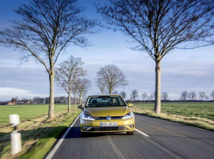 Volkswagen Golf 1.5 TSI ACT, il benzina che consuma come un diesel - Foto 4 di 8