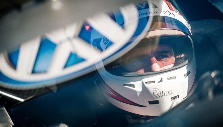 Volkswagen ID.R: nuovo record tra le elettriche al Nürburgring - Foto 7 di 13