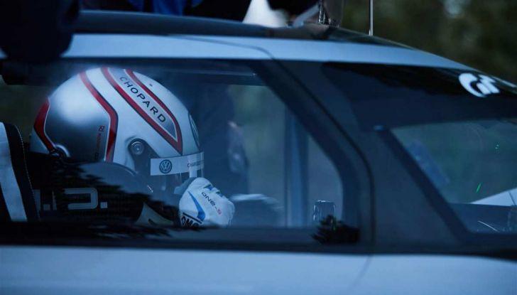 Volkswagen ID R da record alla Pikes Peak mentre in Cina si amplia la Mega-Fabbrica - Foto 8 di 13