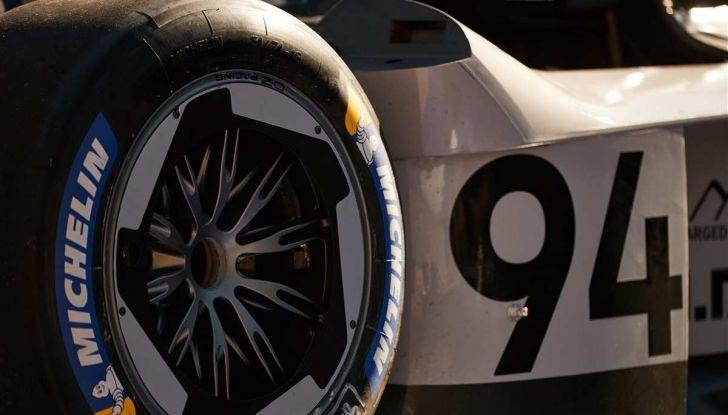 Volkswagen ID.R: nuovo record tra le elettriche al Nürburgring - Foto 9 di 13