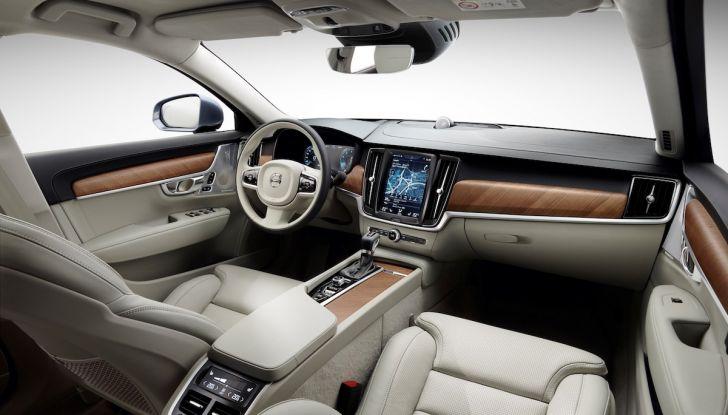 Automobili e camion Volvo comunicano nel traffico in tempo reale - Foto 21 di 44