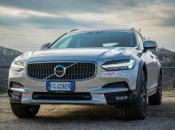Prova su strada Volvo V90 Cross Country Pro: la regina delle Station Wagon