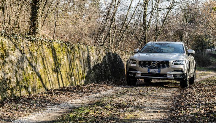 Prova su strada Volvo V90 Cross Country Pro: la regina delle Station Wagon - Foto 35 di 44