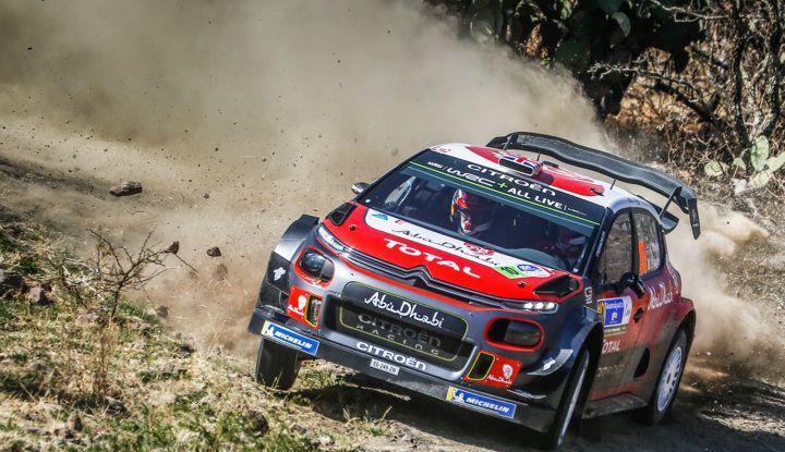 WRC Messico – Giorno 2: Kris Meeke in lizza per il podio con la sua C3 WRC - Foto 2 di 2