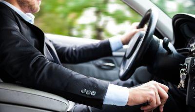 Il passaggio di proprietà auto: come si fa e quanto costa