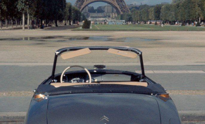DS presenta ID 19 al Salone dell'Auto di Parigi del 1956 - Foto 6 di 6
