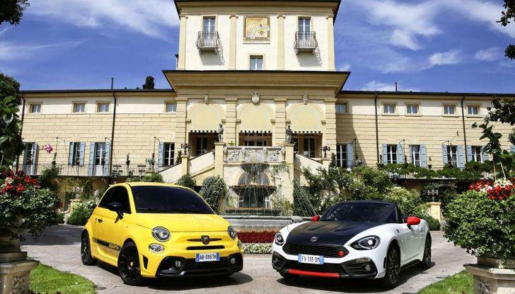 Abarth 695 e 124 Spider GT premiate per il Design da Auto Bild - Foto 1 di 8