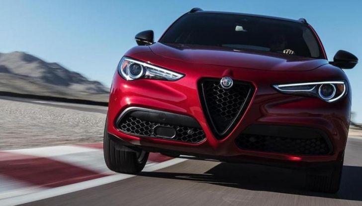 Alfa Romeo, arrivano Giulia e Stelvio in Nero Edizione - Foto 5 di 9