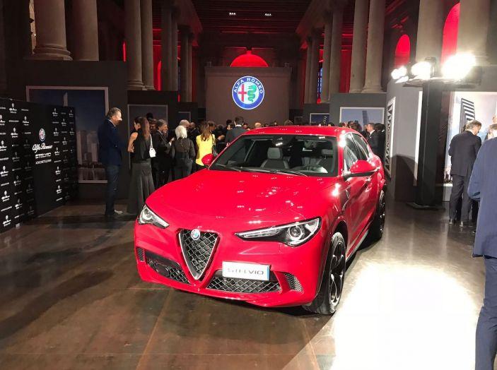 Alfa Romeo Stelvio Quadrifoglio, ultima tappa a Venezia con la chef Klugman - Foto 1 di 16